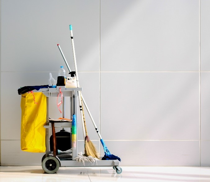Janitor cleaning cart in Goodyear